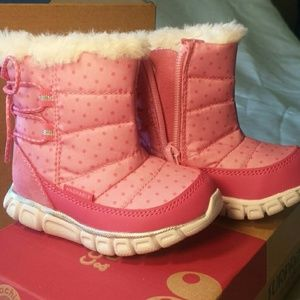 NIB toddler girls winter fashion boots